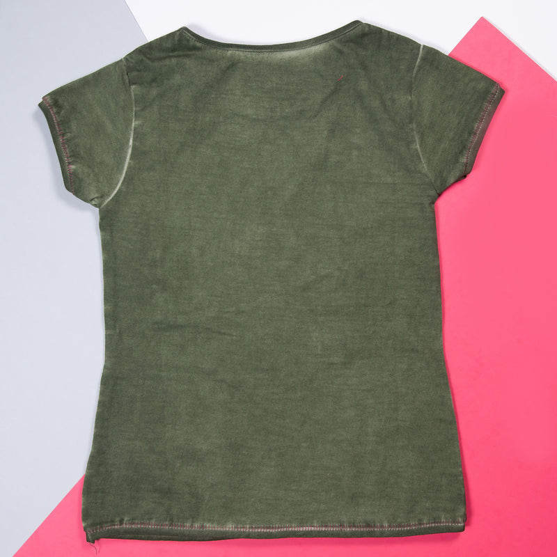 GIRLS OLIVE EMBROIDERED & PRINTED STRETCHABLE SLIM FIT T-SHIRT