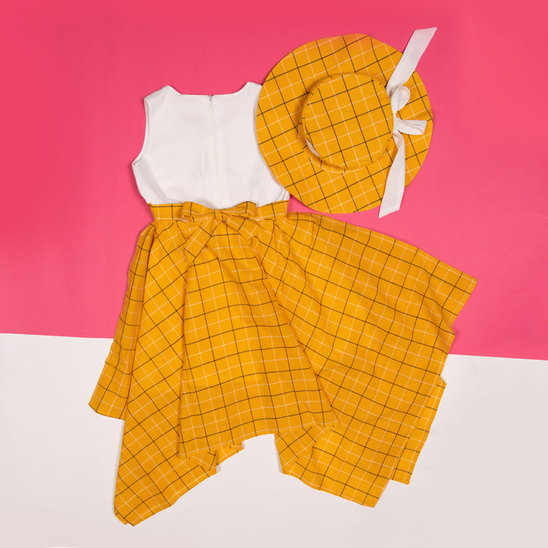Girls Yellow Regular Fit Checks Dress With Hat