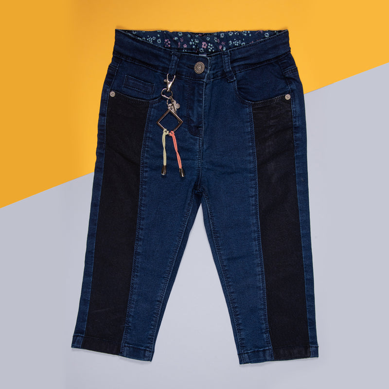 GIRLS DARK BLUE STRETCHABLE SLIM FIT CAPRI