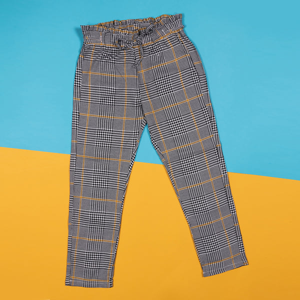 Girls Regular Black Checks Paper Bag Casual Trouser