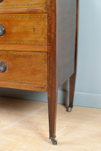 Mahogany dressing table and chest of drawers w. removable mirror. c110 y/o