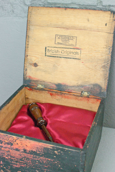 Antique Pine Wand display & presentation box - c 100 years old.