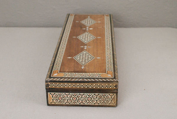 Mother of pearl inlay, Wooden Wand display & presentation box