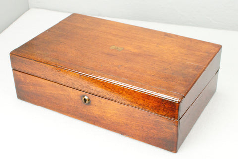 Antique Mahogany Wand display & presentation box - c 150 years old.