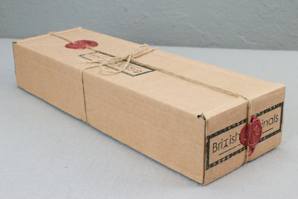 Wand Display and Presentation Gift box, with Wandmakers wax seal.