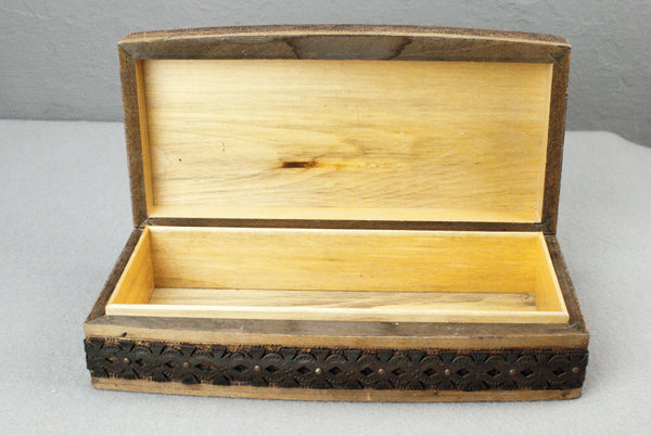 Metal flower banded Pine Wand display & presentation box