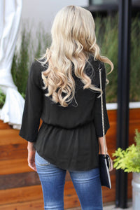 Black On The Daily Twist Front Top