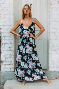 Chic Summer Boho Floral Maxi Dress in Black
