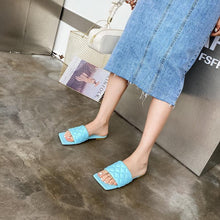 Load image into Gallery viewer, 2020 Newest High Quality Women Slides Gingham Square Toe Flat Slippers Summer Outdoor Beach Non-Slip Casual Sandals Female Shoes Blue