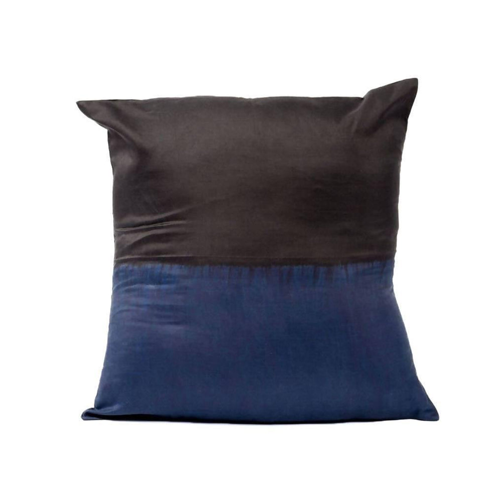 Aakar Pillow