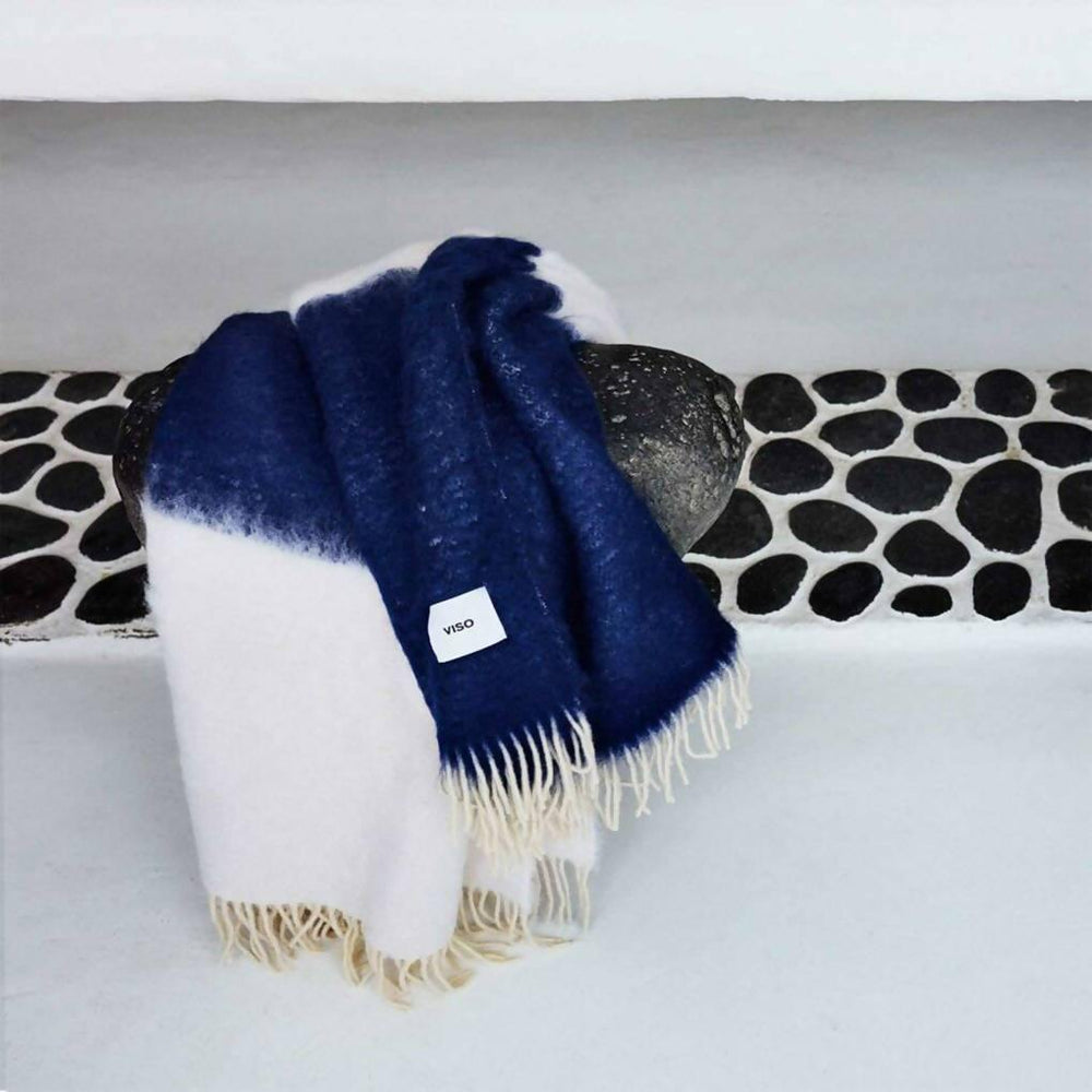 Mohair Blanket - Navy / White