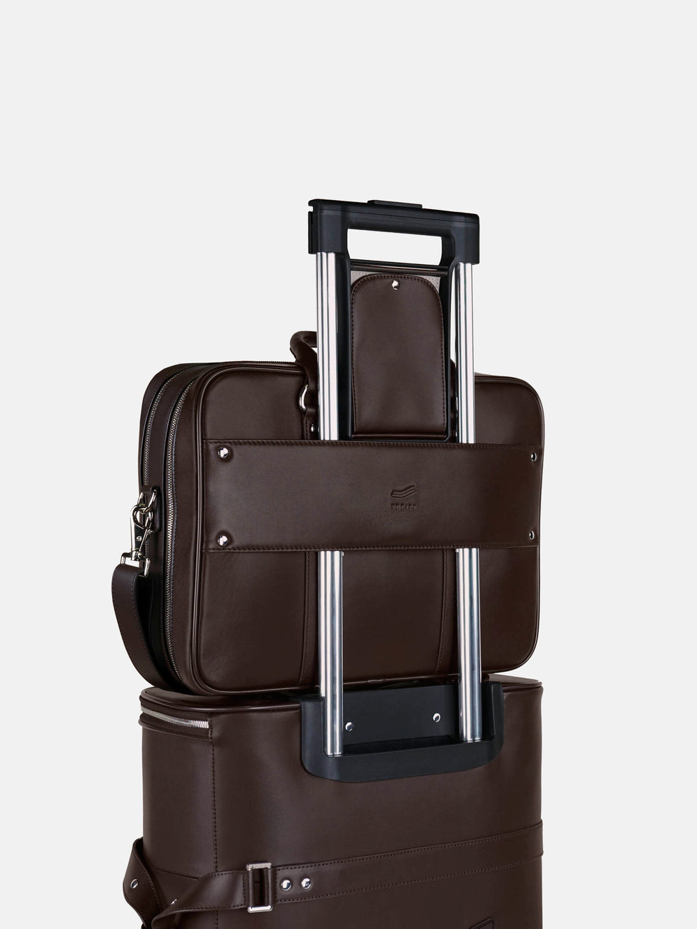 f26 on luggage brown leather braunes leder