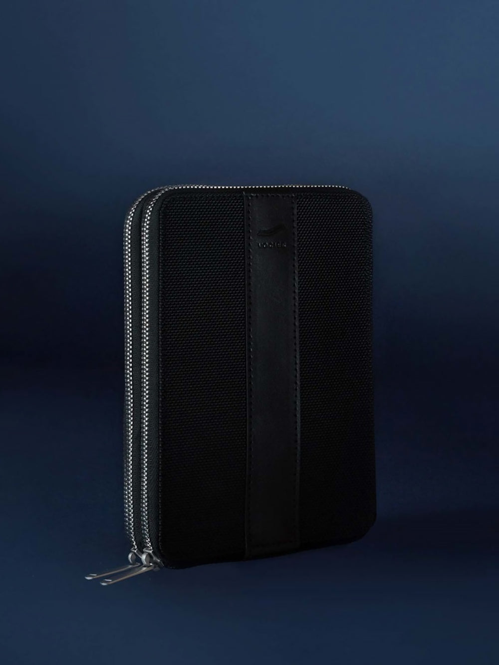 avant large high quality travel wallet