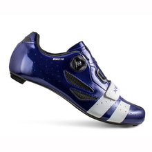 Load image into Gallery viewer, Lake CX-218 Wide Navy Blue White Carbon Sole Cycling Shoes