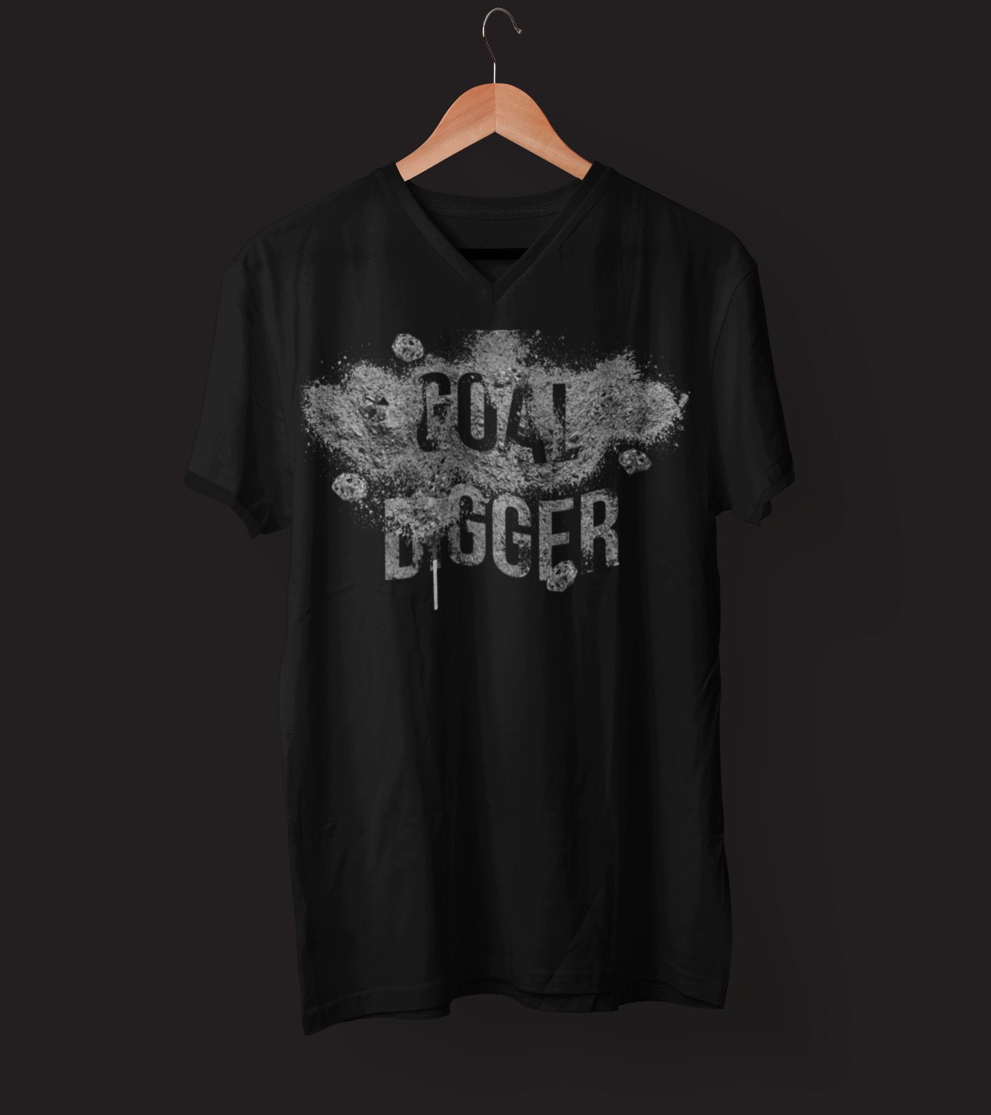 "Mens V-Neck T-Shirt ""GoalDigger"" BlackS - Mperior: The Store For Entrepreneurs, Hustlers and Achievers"