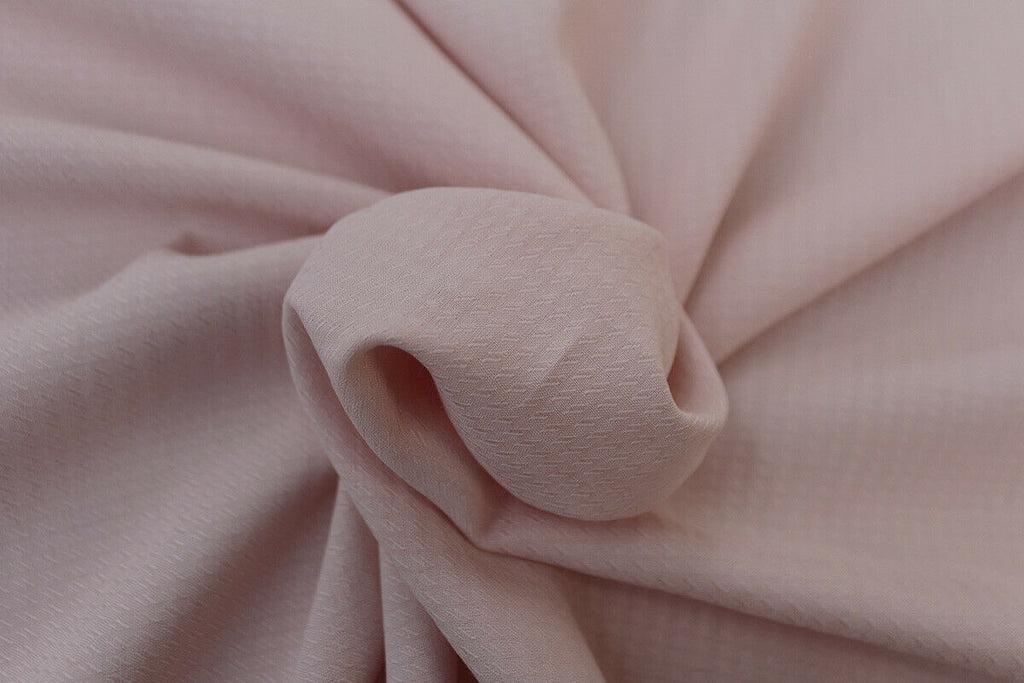 Ditsy Trellis 100% Spun Viscose Jacquard Dress Fabric Material (Dusty Pink) - The Textile Centre