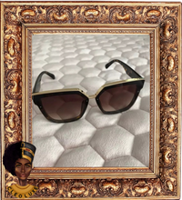 Load image into Gallery viewer, LOOK THE PART Oversized Sunglasses