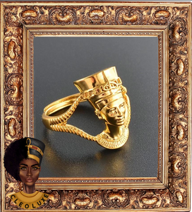 QUEEN LUXE Gold Adjustable Ring