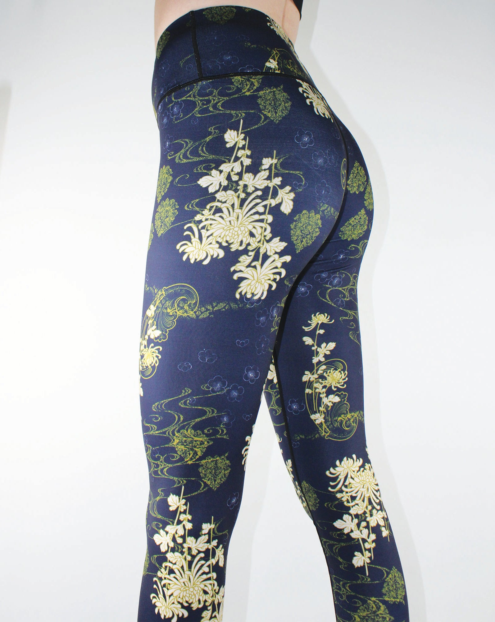LUCIA WILD FLOWER WOMEN'S YOGA LEGGINGS-INSPIRA COLLECTION