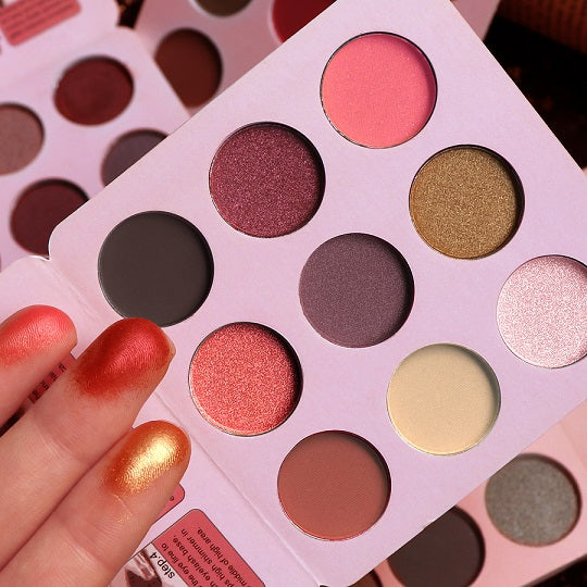 9 Color Eye Shadow Palette Matte