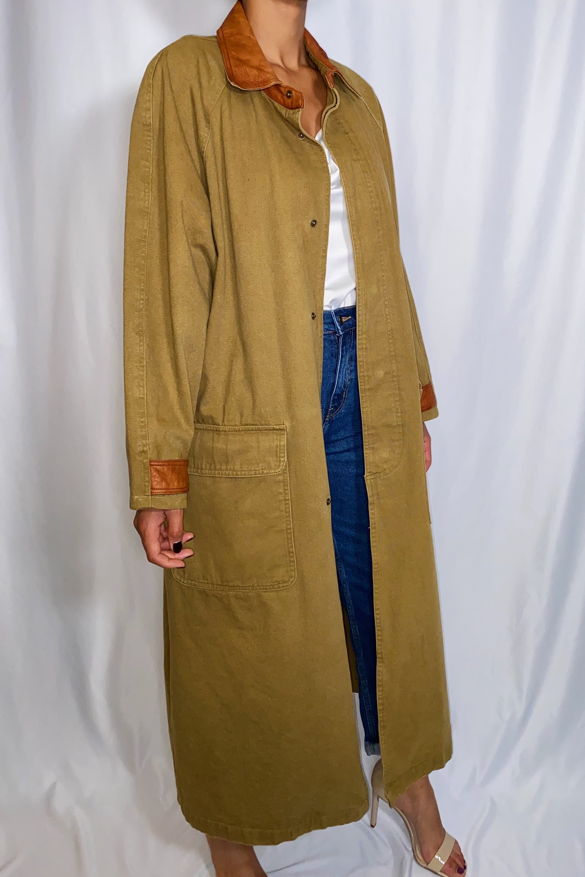 Vintage Georgetown Trench Coat with Leather Trim (size small)