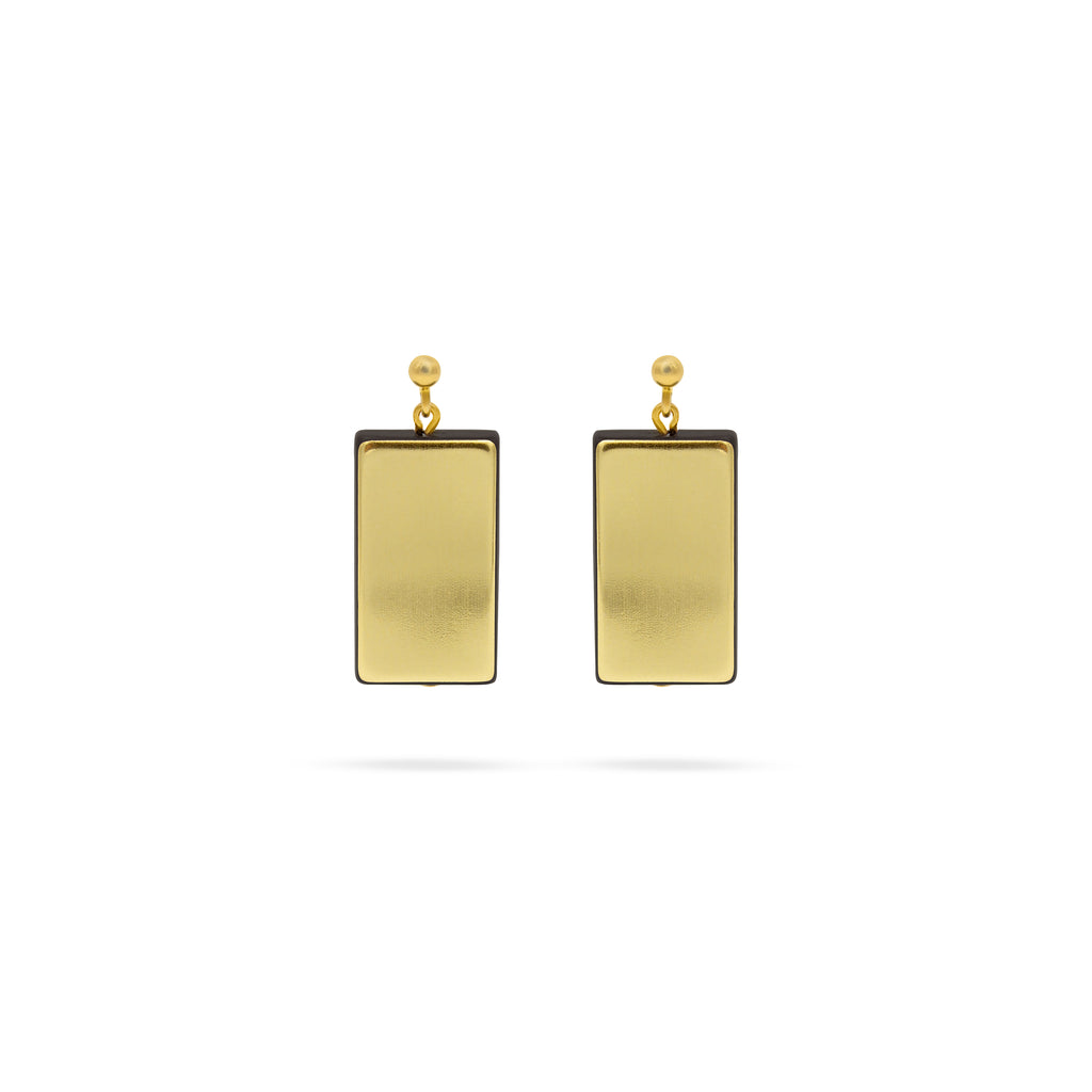 Gold tone gold plated earrings