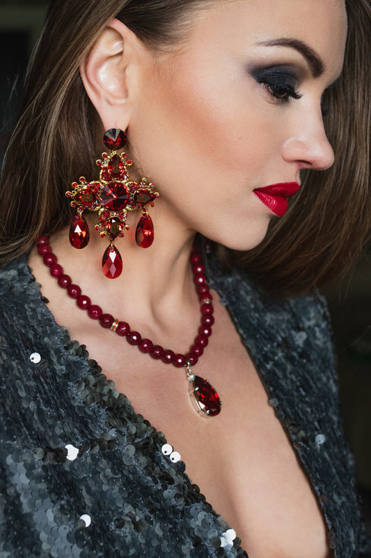 Scarlet red necklace