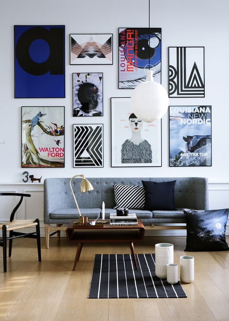 Modern gallery wall via Dans le Lakehouse, Simply Framed