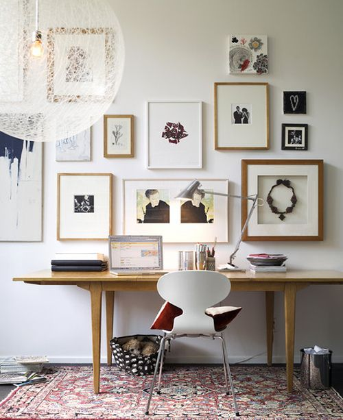 Gallery wall via Inspiring Decor, Simply Framed