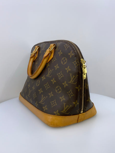 Louis Vuitton Monogram Alma Handbag MM
