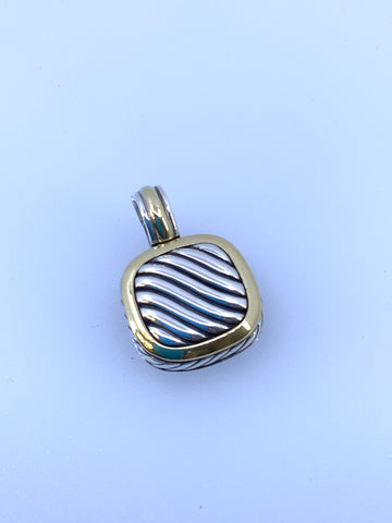 David Yurman 18 K Pendant