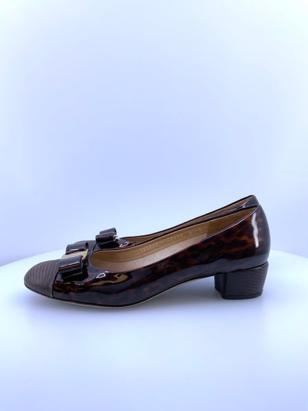 Salvatore Ferragamo Size 9 Brown with Bow