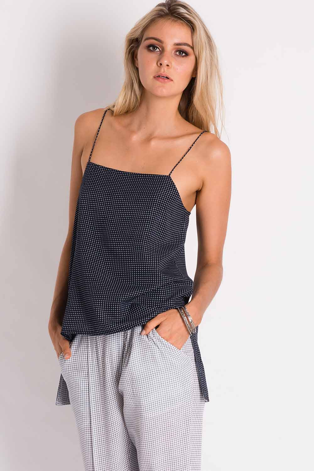 Aesteroid Grid Cami - Navy/white