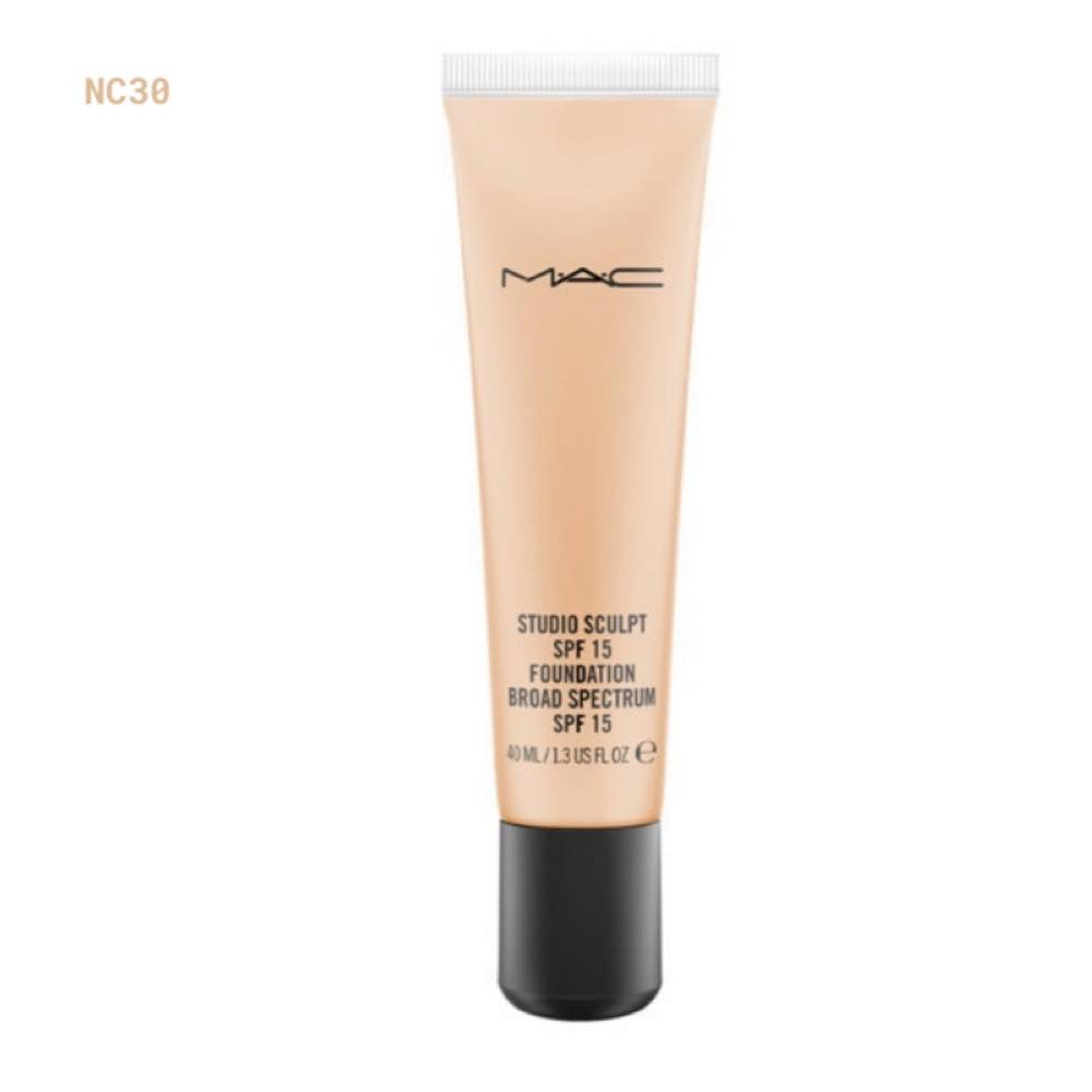 MAC studio sculpt Foundation NW30
