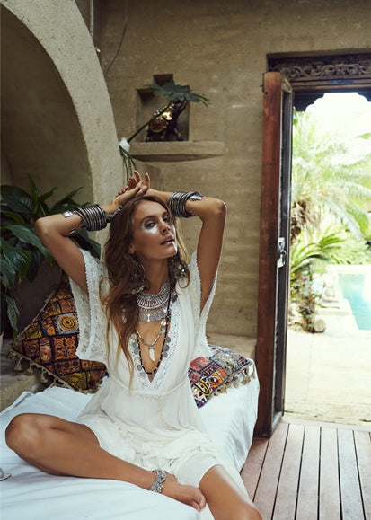 Free Shipping -- Sexy 3/4 Sleeve Maxi Deep V-Neck White Lace Cover Ups