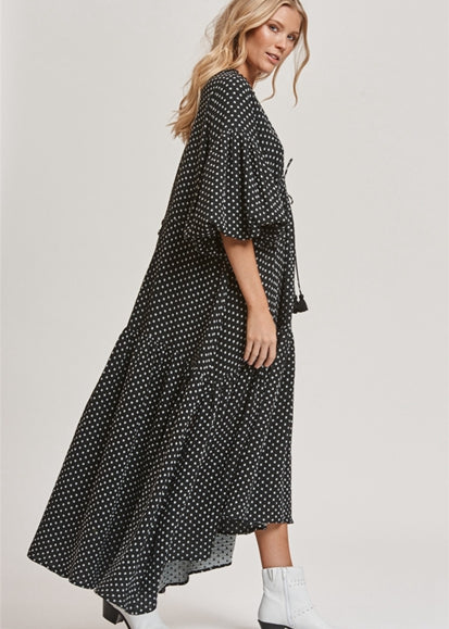 Free Shipping -- Black Polka Dot Print V-Neck Bat Sleeve Loose Plus Size Maxi Beach Dresses