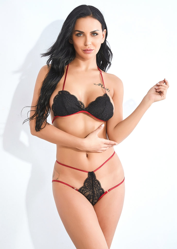 Free Shipping -- Lingerie Underwear Black Lace Halter Bra Sets