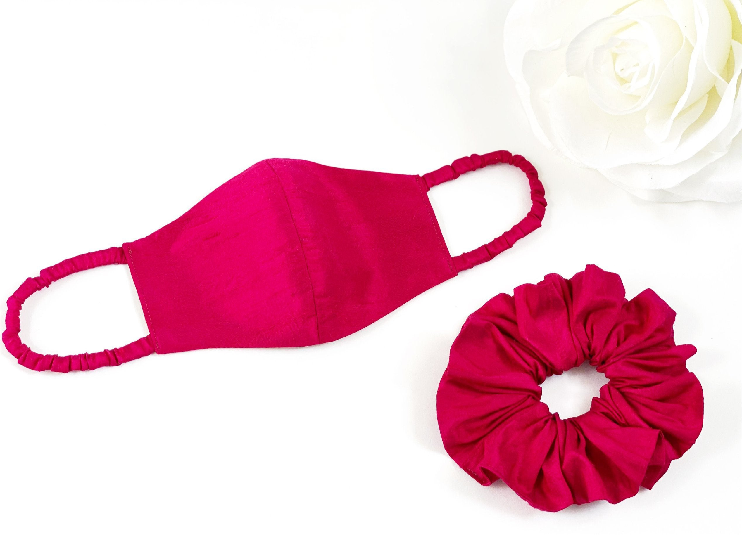 RASPBERRY RAW SILK MASK + SCRUNCHIE SET
