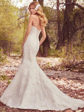 "Load image into Gallery viewer, Maggie Sottero ""Betsy"""