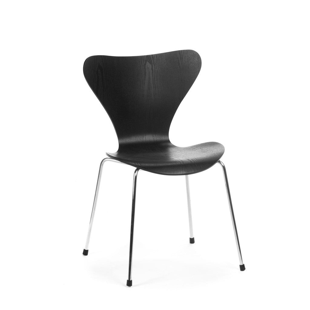 serie 7 chair Arne Jacobsen chaise