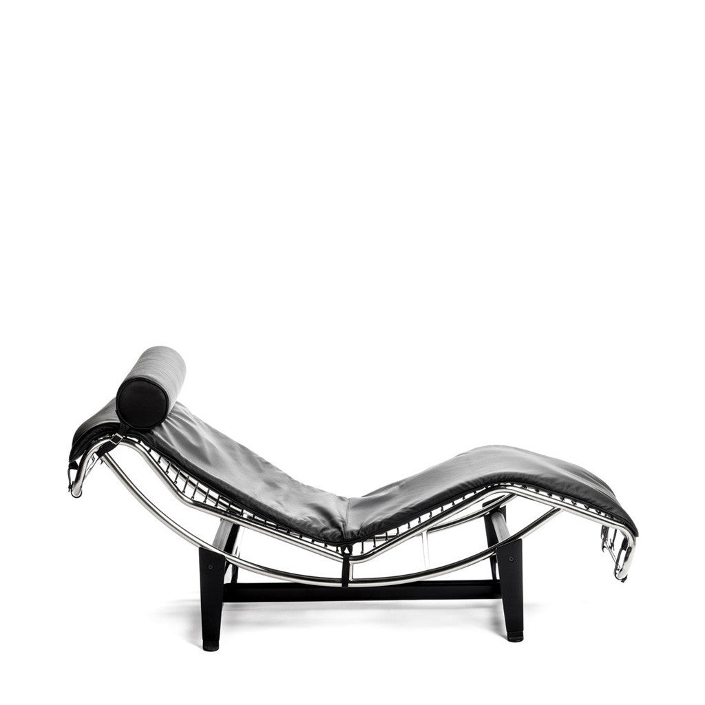LC4 Le corbusier lounge chair chaise longue cuir leather