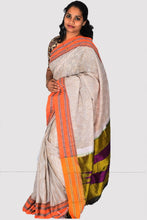 Load image into Gallery viewer, Pure Cotton Handloom Saree With Silk Pallu