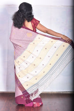 Load image into Gallery viewer, Pure Cotton Pink Handloom Saree With Thread Work