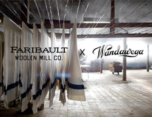 Load image into Gallery viewer, Faribault Woolen Mill Pint Sleeves