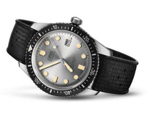 Oris Divers Sixty-Five Automatic (Silver Dial / 42mm)