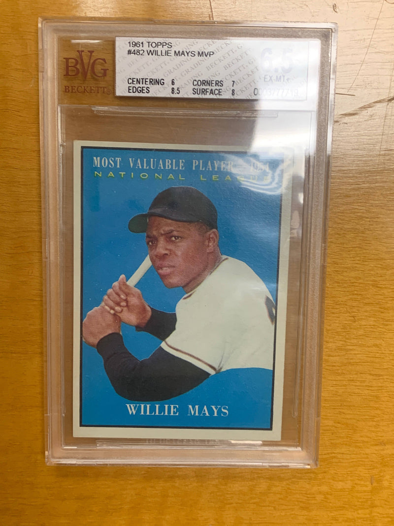 Willie Mays MVP 1961 Topps #482 Card