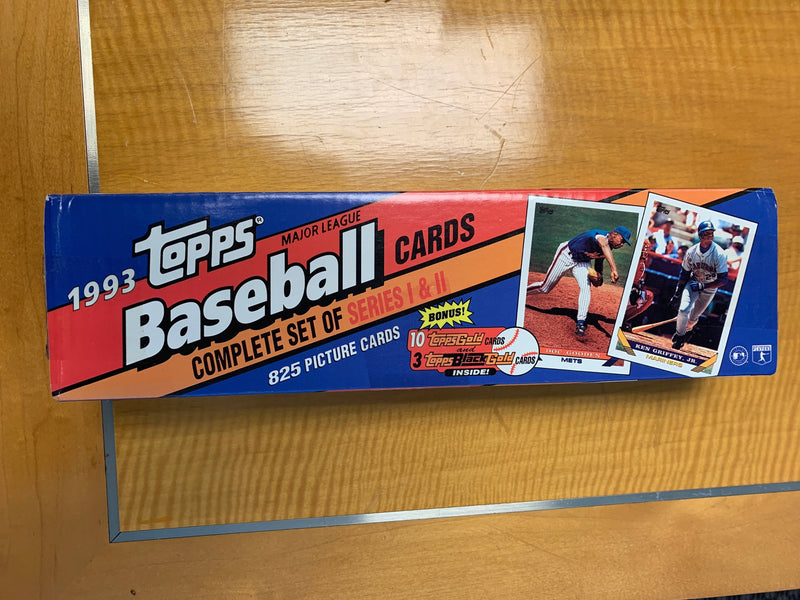 1993 Topps MLB Complete Set of Cards featuring Derek Jeter Rookie Card