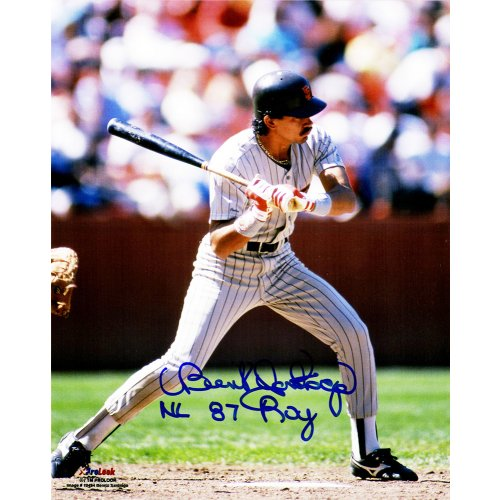 Benito Santiago Signed San Diego Padres Action 8×10 Photo w/87 NL ROY