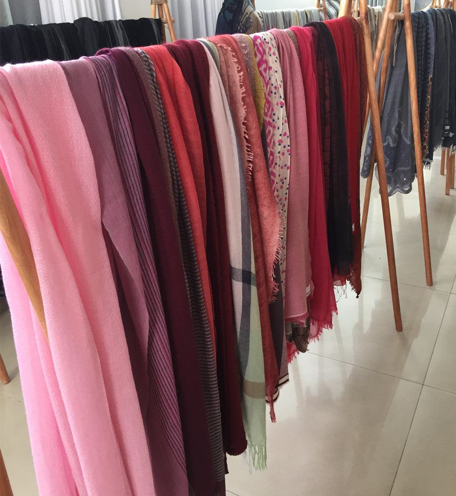 cashmere scarves Dr. Muxue brand