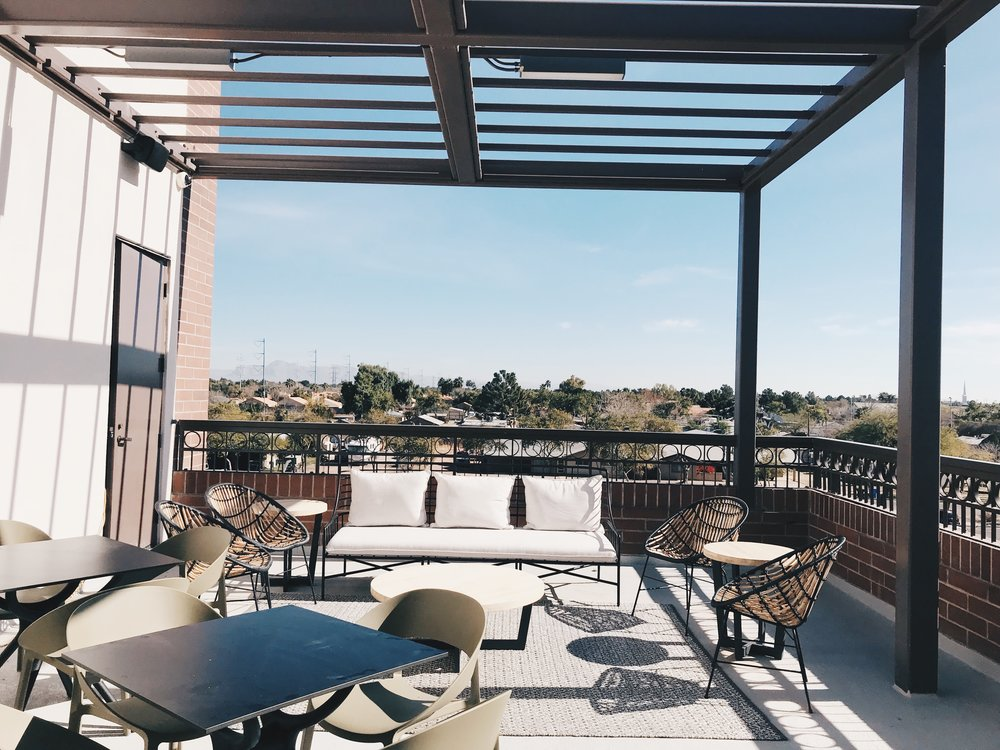 Coworking space for women - rooftop patio